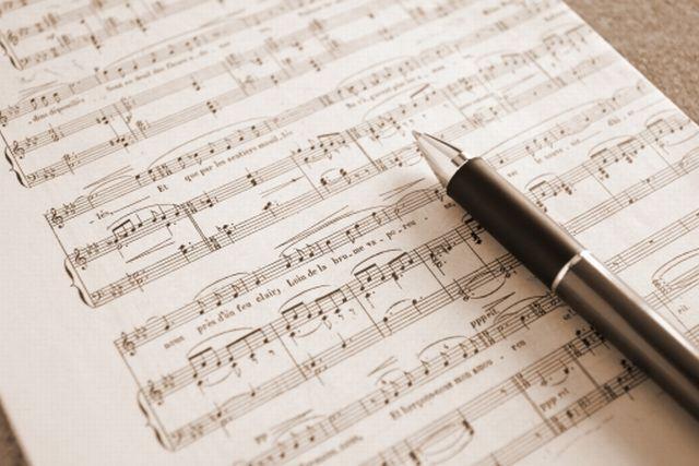 ヒット曲の法則~王道コード進行(カデンツ)がヒット曲を生み出す秘密