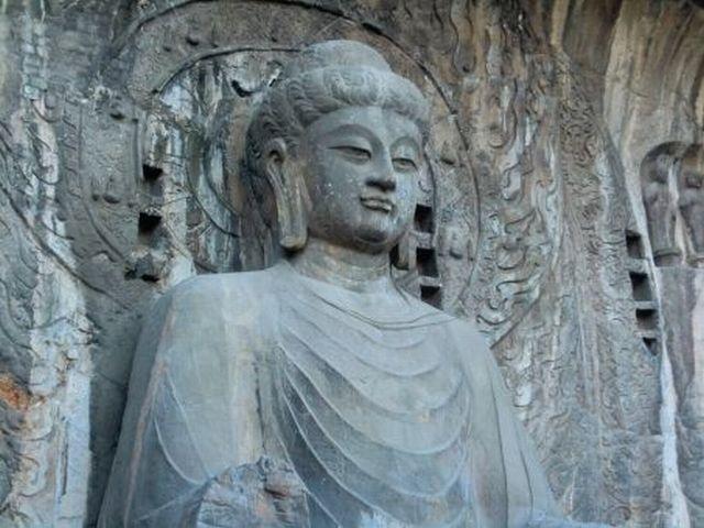 仏教は現代社会に適するように修正する必要がある
