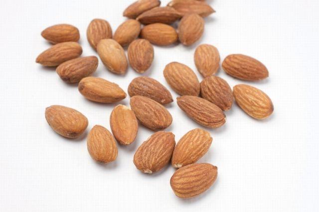 生アーモンド25粒でガンの予防とダイエットとができる